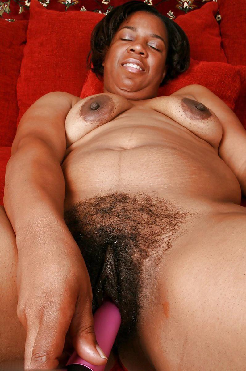 Фото толстушки с небритой пиздой 3